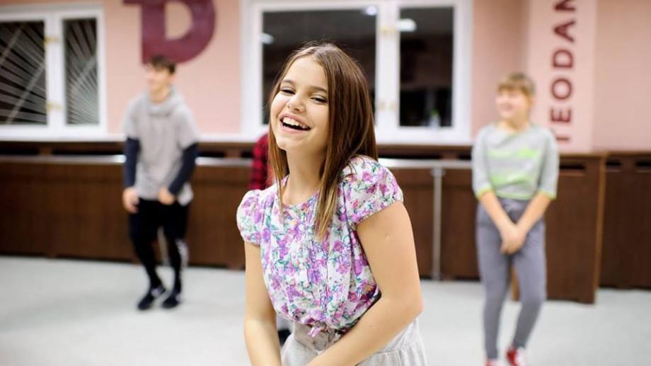 """(video) Tânăra dansatoare Ionela Țăruș este acum și vloggeriță: """"Mi s-a părut o idee interesantă"""""""