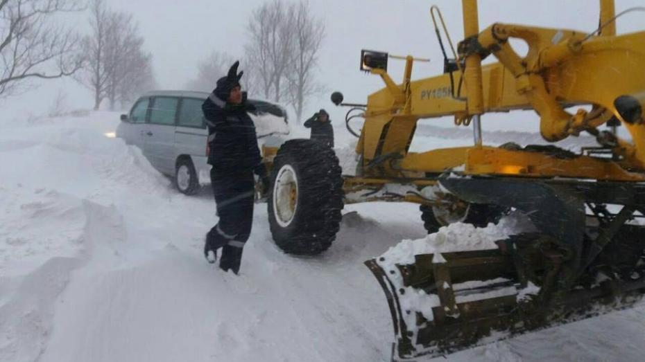 (foto) Ninsoare în Moldova: INP recomandă șoferilor maximă prudență