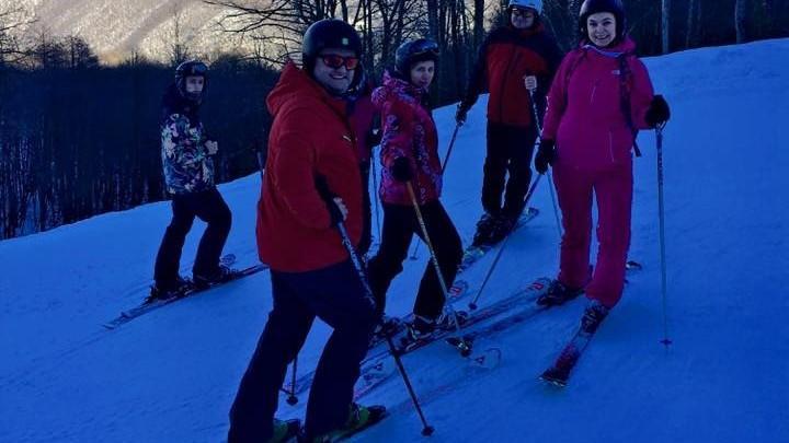 (video) Avem un președinte care iubește sportul. Iată cum schiază Igor Dodon în munții din Rusia