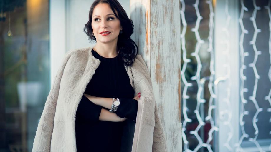 Angela Gladei: Programul MBA i-a permis să aspire la o funcție managerială superioară și i-a extins cunoștințele