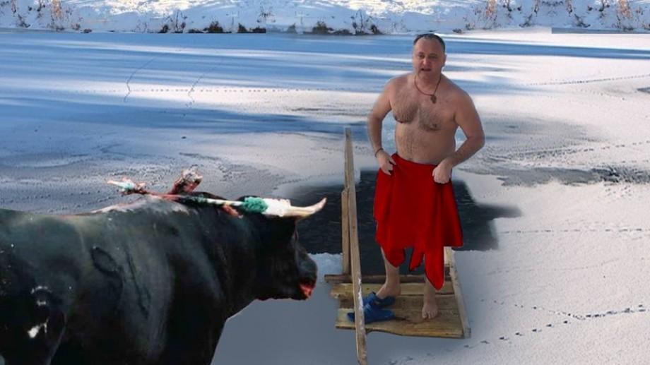 (meme) Cele mai amuzante intrări la apă ale Președintelui Dodon