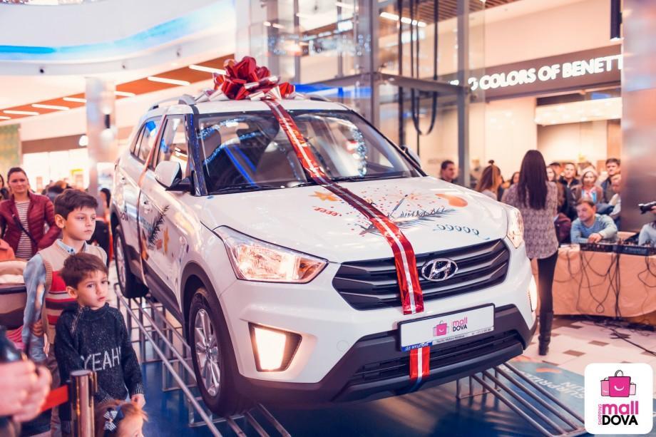 (foto, video) La Shopping MallDova a nins cu daruri! Un cumpărător fidel a plecat acasă cu un automobil Hyundai