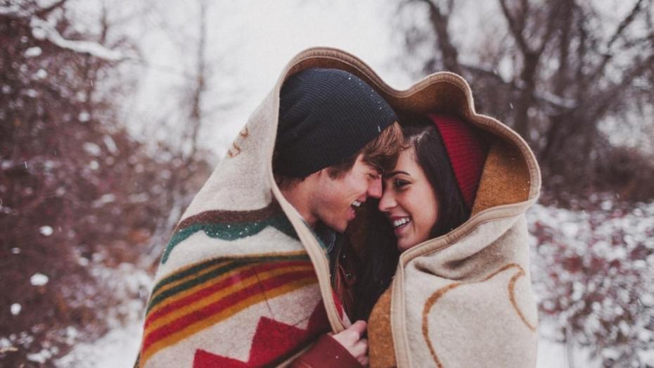 Recomandări #diez: opt trucuri ca să te încălzești în serile reci de iarnă