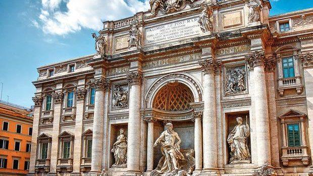 Câţi bani se aruncă zilnic în celebra Fontana di Trevi