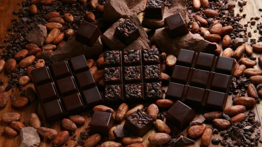 (studiu) Renunță la miere și lămâie! Cel mai bun remediu pentru tuse este ciocolata