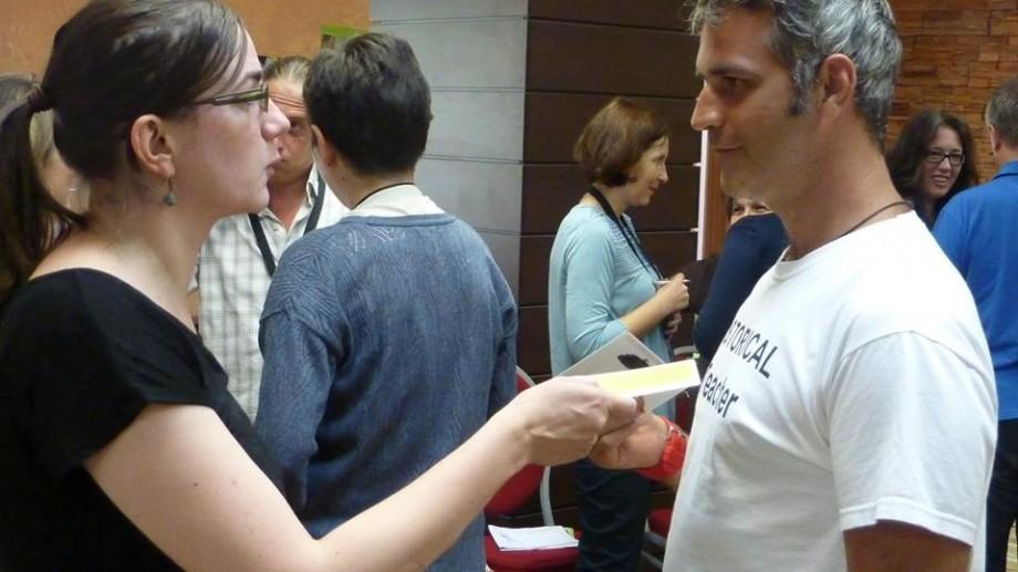 Se caută 14 profesori din Moldova care să participe gratuit la Școala pentru Democrație din Brașov
