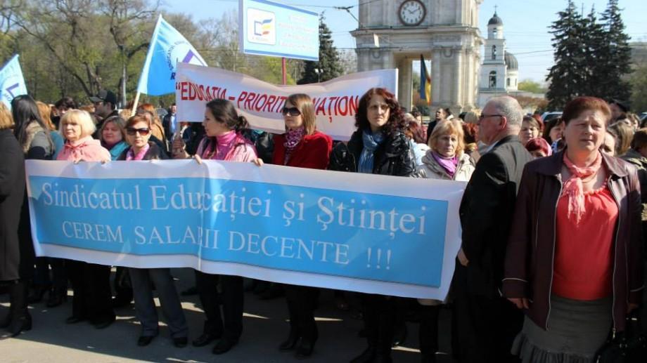 Reacția Ministerului Educației la inițiativa profesorilor de a protesta în timpul orelor