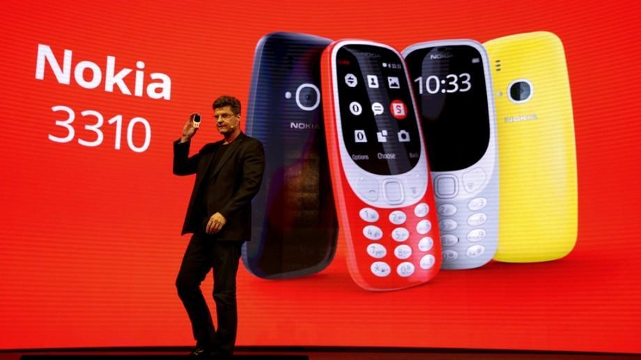 (video) Jocul Snake e mai aproape. Cât costă în România celebrul telefon Nokia 3310