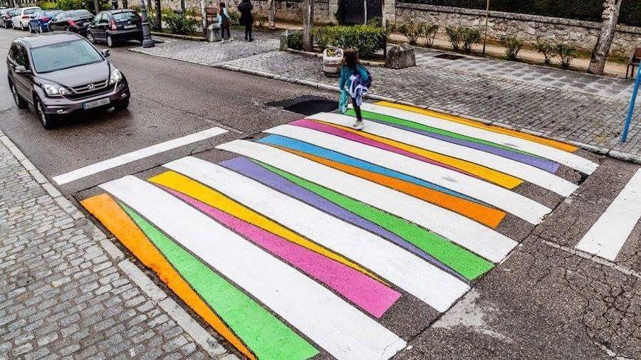 Art Zerbras redeschide aplicările pentru cei care își doresc o zebră colorată în preajma școlii