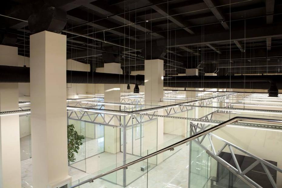 В Кишиневе откроется новый торговый центр с 3-мя бассейнами на крыше