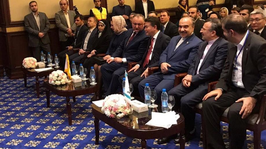 Igor Dodon a propus la Teheran ca următoarea Cupă mondială sau europeană de șah să aibă loc la Chișinău