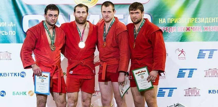 (foto) Doi sportivi din Moldova se întorc cu medalii de bronz de la un turneu internațional de sambo