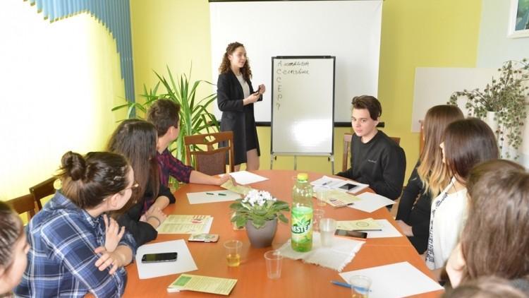 (foto) În Capitală a fost deschis un Centru Prietenos destinat Tinerilor. Va susține tinerii aflați în dificultate