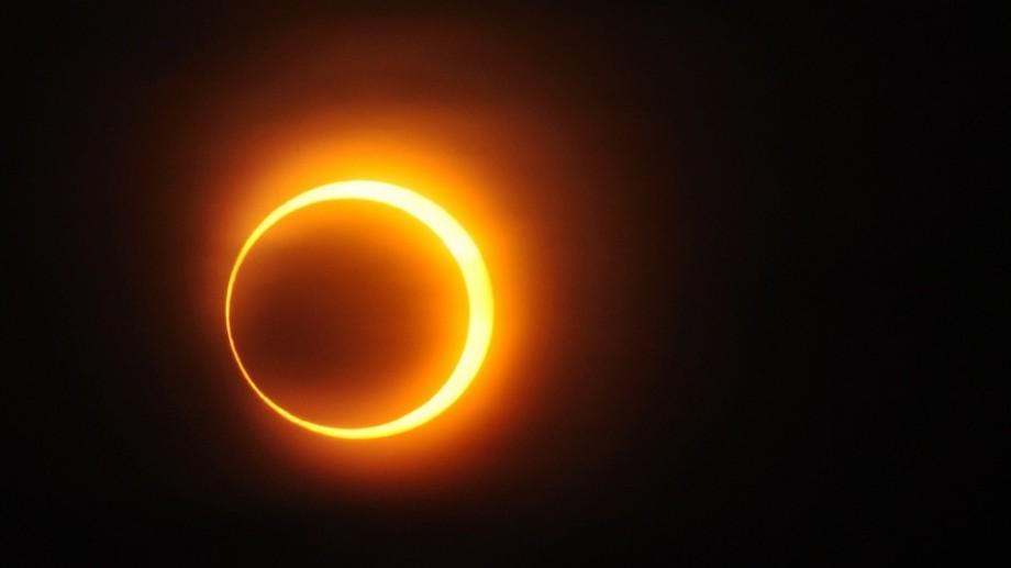 (video) Spectaculos! Imagini impresionante ale eclipsei inelare care a avut loc duminică