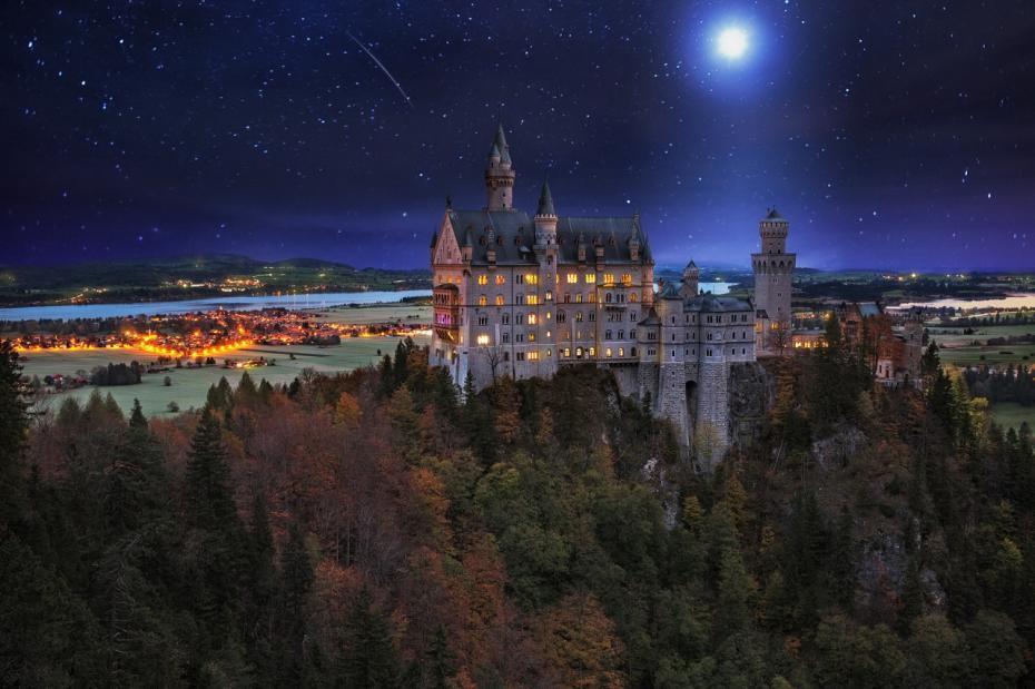 Castelul Neuschwanstein, sud-vestul Bavariei, Germania.