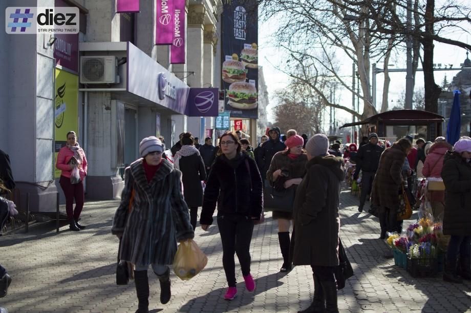 (infografic) Rata remitențelor este în creștere: Moldovenii transferă tot mai mulți bani acasă