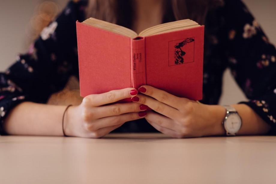 """Programul de lectură """"Chișinăul citește"""". Ce cărți vor putea citi locuitorii Capitalei în 2017"""