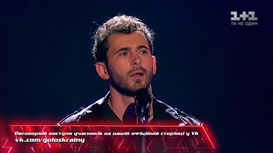 """(video) Moldoveanul Vladimir Fotescu a surprins jurații de la """"Vocea Ucrainei"""" și merge mai departe în concurs"""
