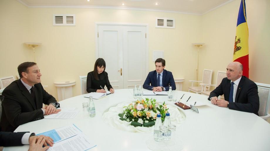 Pavel Filip la dialog cu reprezentanții Asociaţiei Investitorilor Străini din Moldova. Despre ce s-a discutat