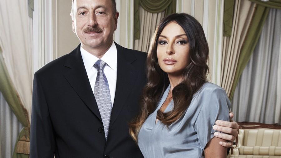 (foto) Președintele Azerbaidjanului și-a numit soția prim-vicepreședinte al republicii