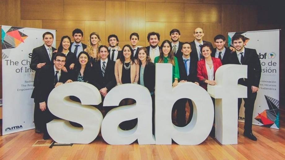 Vara aceasta participă la un forum internațional pentru tineri în Argentina