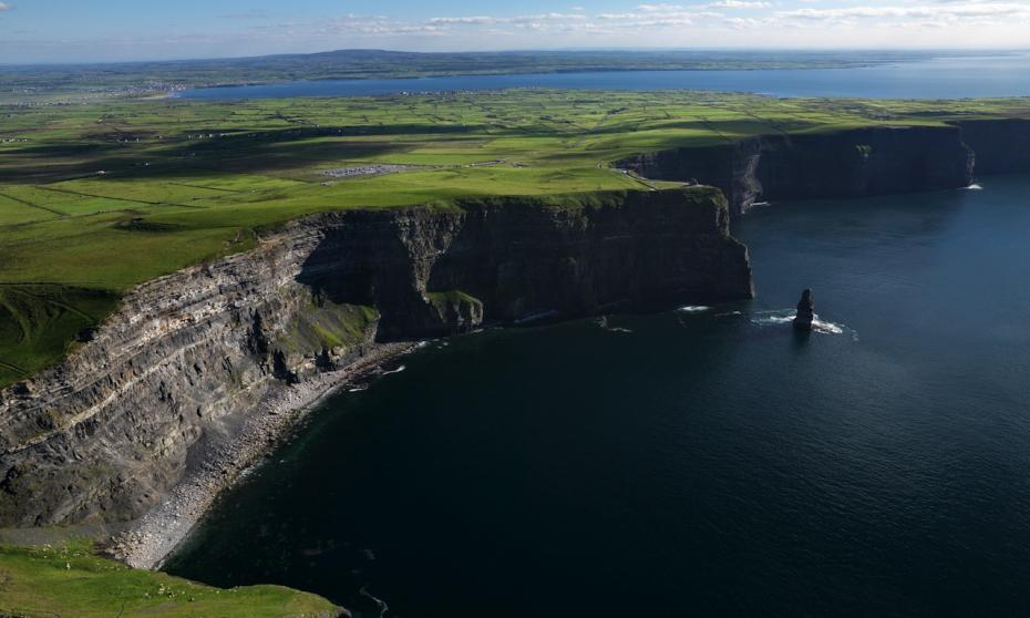 sdp10_cliffs-of-moher_bg