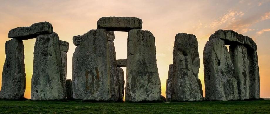 În apropierea sit-ului Stonehenge din Marea Briteanie va fi construit un tunel rutier