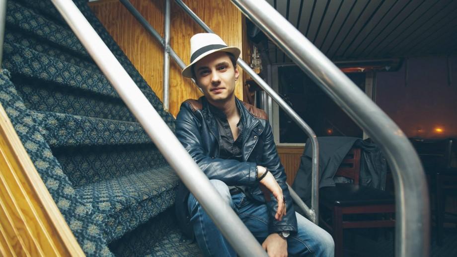 (video) Un tânăr din Moldova muncește DJ în cluburile din cele mai populare orașe din SUA