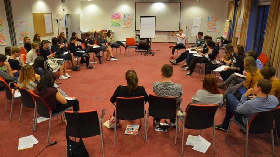 Devino parte a unei echipe active și motivate de a schimba sistemul educațional din Moldova