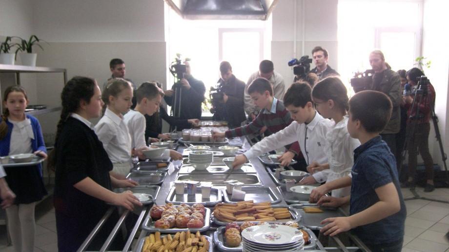 Noi taxe pentru alimentația copiilor din instituțiile de învățământ vor fi publicate în Monitorul Oficial