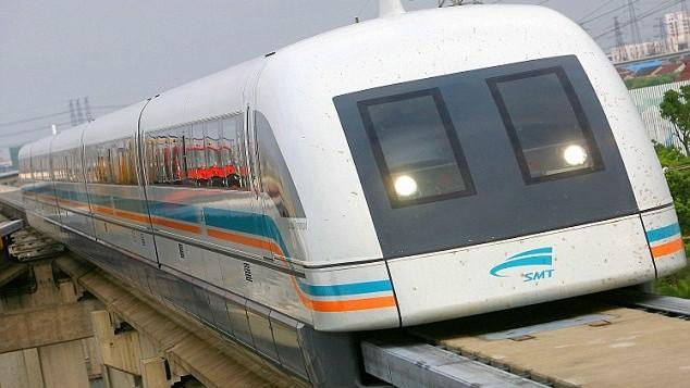 """(foto) Cum arată primul """"metrou plutitor"""" din Europa. Va circula cu 534 de km/h"""