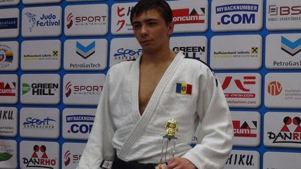 Judocanul moldovean Denis Vieru s-a clasat pe locul 5 la Grand Slam-ul de la Baku