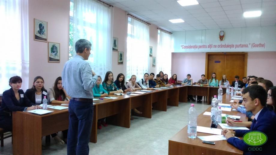 Elevii pot face parte din noua componență a Consiliului Național al Elevilor din colegii și școli profesionale