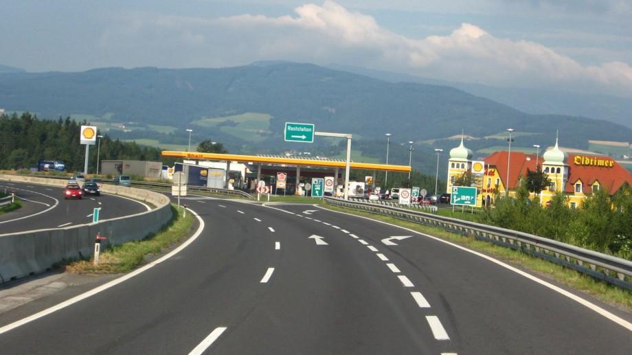 (foto) Modele comunitare: La drum cu mașina prin Europa