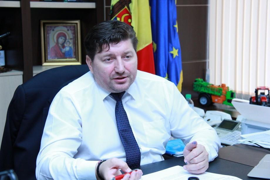 Filip i-a transmis lui Dodon propunerea de revocare din funcţie a ministrului Eduard Grama