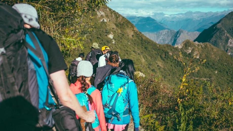 Recomandări: Cum să vă echipați corect atunci când plănuiți o excursie în aer liber