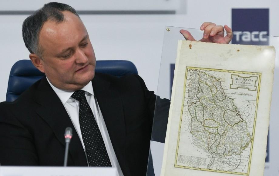 (doc) Igor Dodon cere Guvernului introducerea în curicula școlară a disciplinei Istoria Moldovei