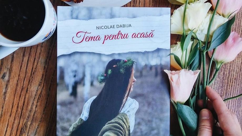 """Romanul """"Tema pentru acasă"""" al scriitorului Nicolae Dabija a apărut în varianta engleză în SUA"""
