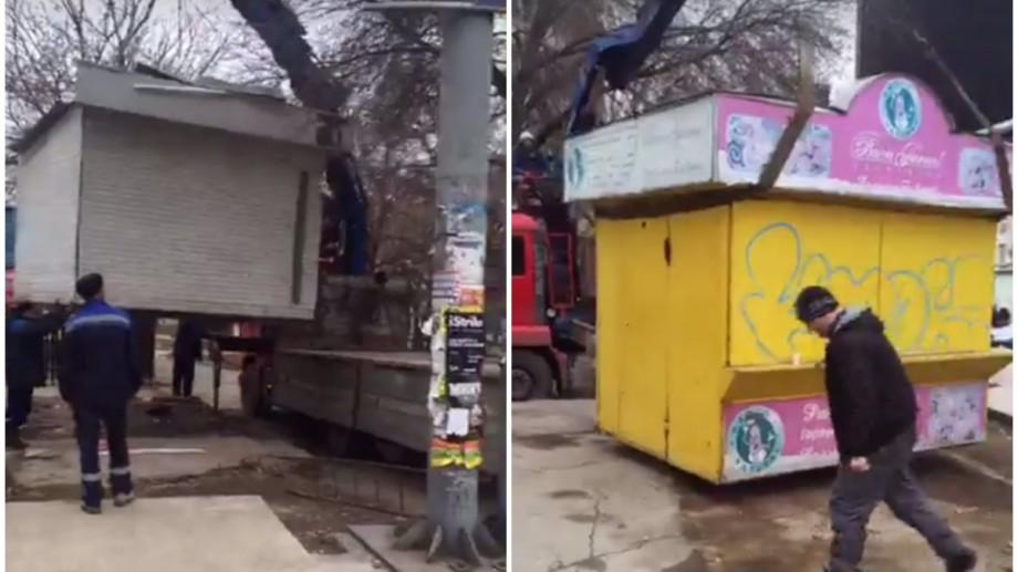 (video) Cum se desfășoară lucrările de evacuare a gheretelor din sectorul Râșcani