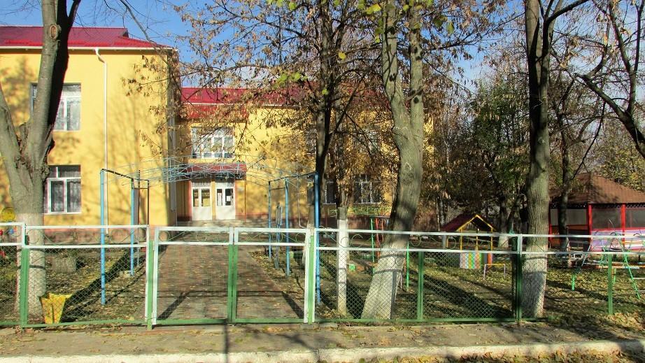 STOP FALS! Igor Dodon afirmă că a adus investiții de peste 100.000 de lei la grădinița din Sadova. Primarul dezminte această informație