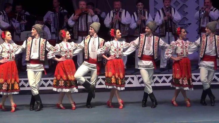 """(doc) A început Festivalul Internațional de Muzică """"Mărțișor"""" 2017. Programul celor 48 de concerte"""
