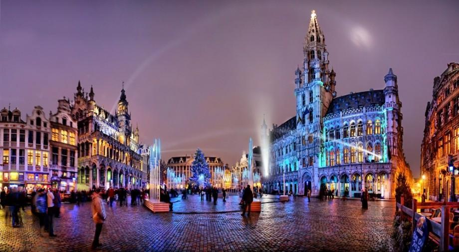 """Participă la concursul """"Unitate prin diversitate"""" și câștigă o călătorie la Bruxelles, laptop și alte premii"""