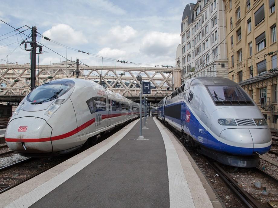 Un cadou foarte bun! Tinerii care împlinesc 18 ani vor călători gratuit cu trenul în UE