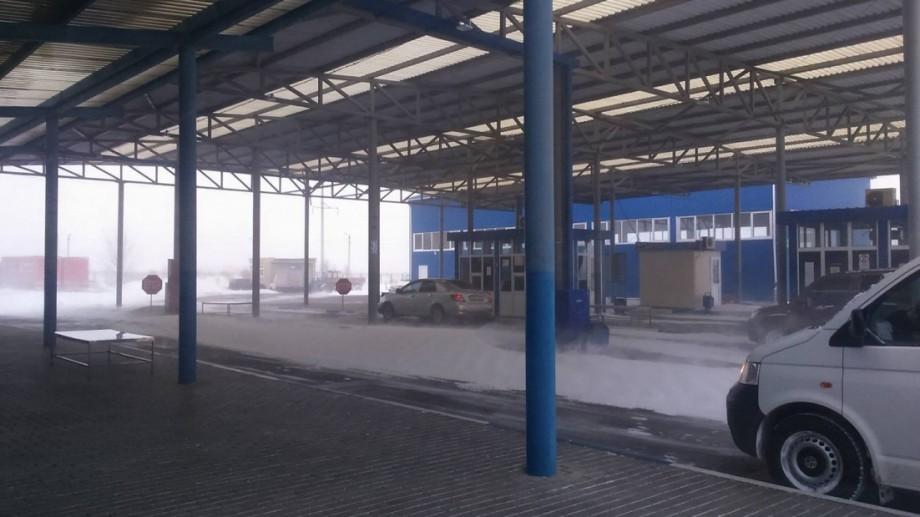 """Situația la frontieră: Posturile vamale """"Leușeni"""" și """"Cahul"""" și-au reluat activitatea"""