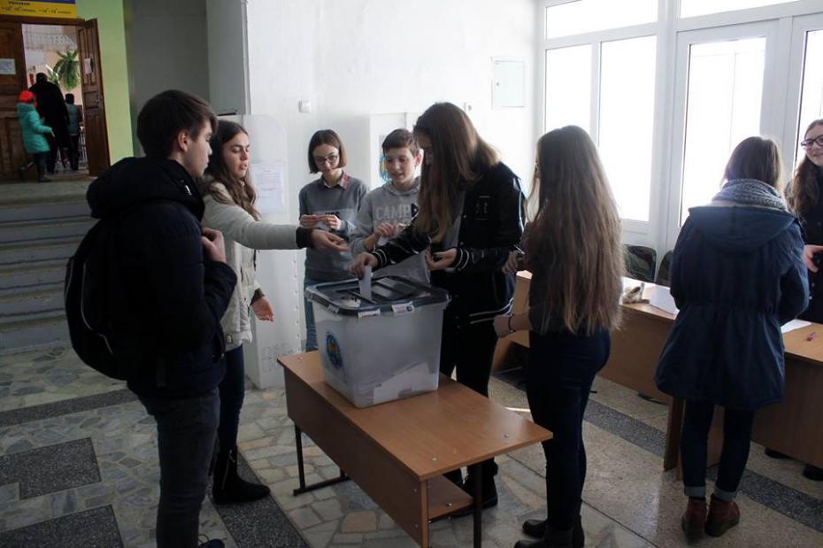 """Alegerile pentru funcția de Președinte al Senatului Elevilor Liceului Teoretic """"Gheorghe Asachi"""""""