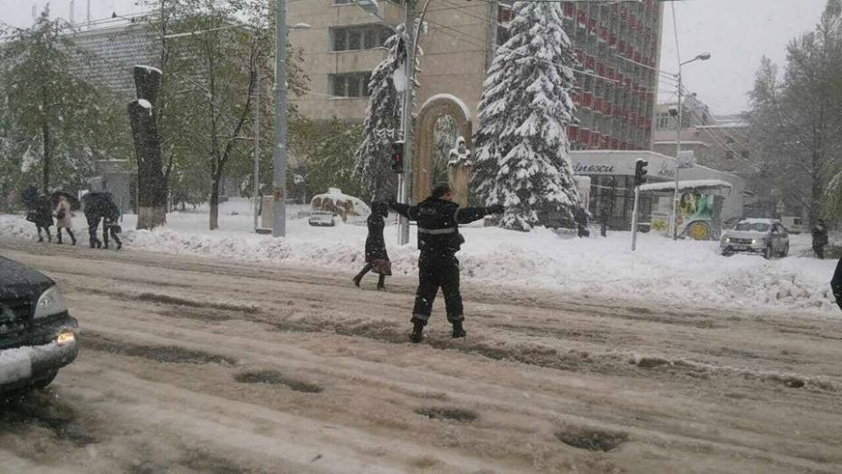 (update) Situația din Chișinău: Toate străzile din oraş au fost deblocate şi curăţate
