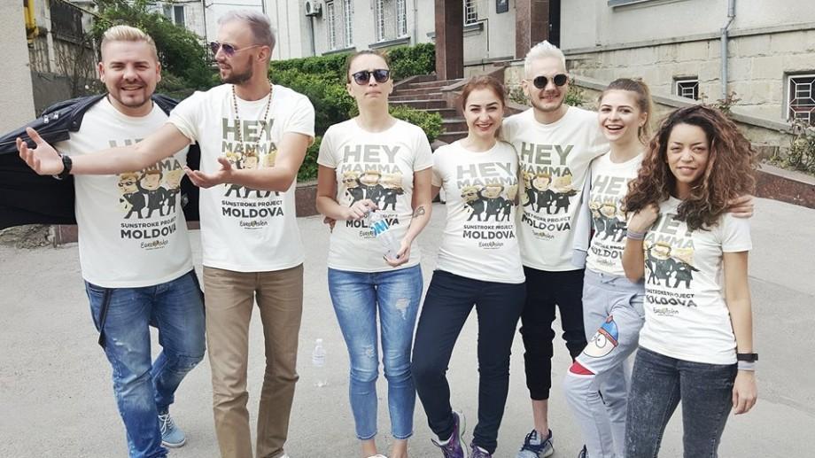 (video) SunStroke Project și-au luat zborul spre Kiev pentru ultimele pregătiri la Eurovision