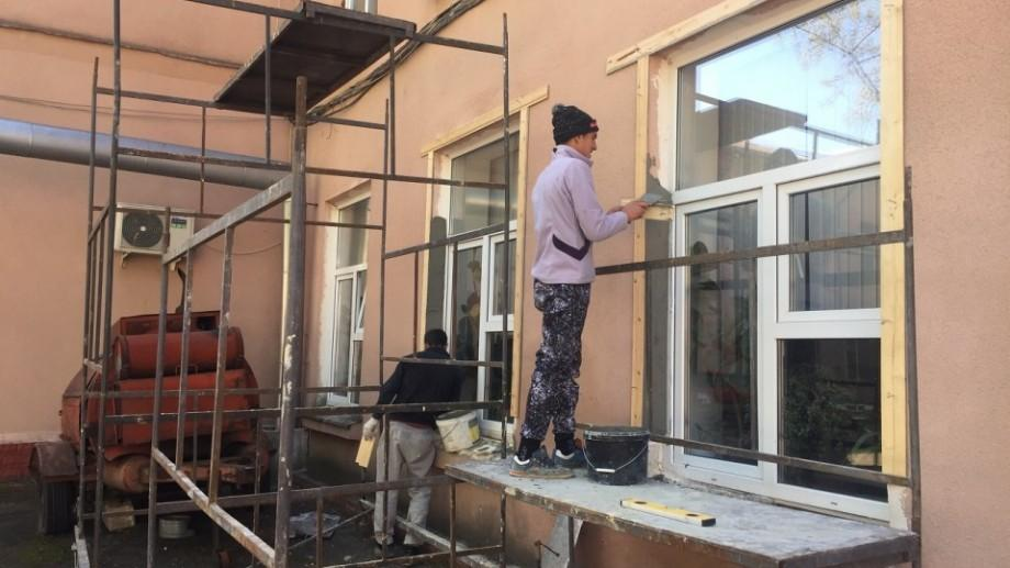(foto) Cum se desfășoară lucrările de renovare la Centrul de Excelență în IT