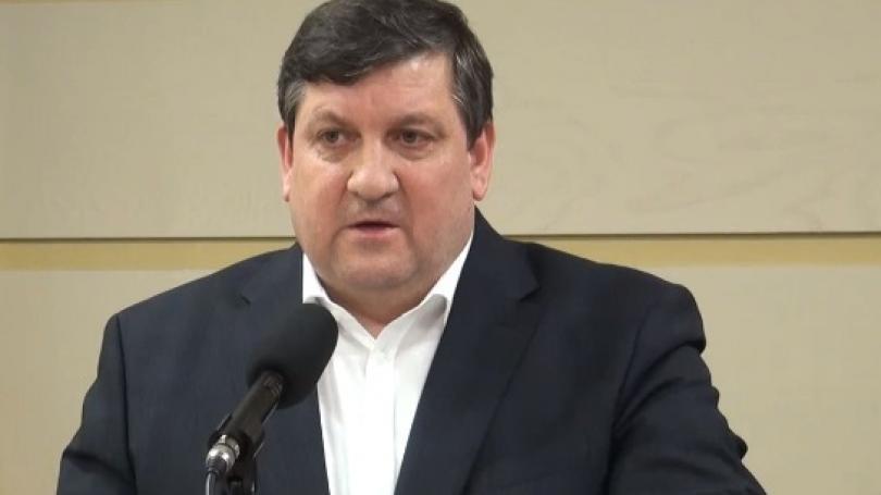 Ministrul Transporturilor, Iurie Chirinciuc, a fost reținut de ofițerii CNA