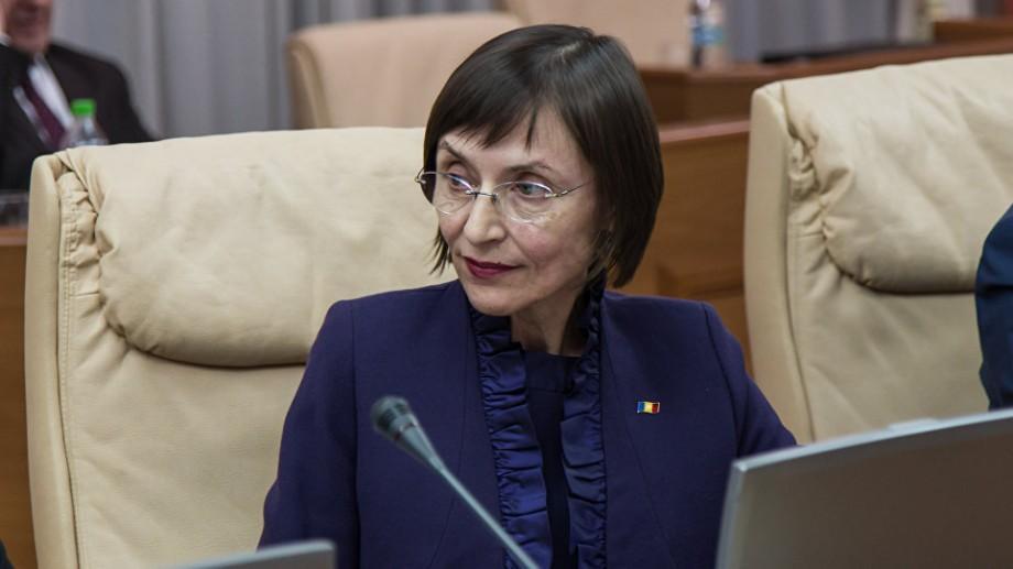 Corina Fusu, atacată dur în Parlament. Moțiunea de cenzură privind demiterea sa va fi votată la ora 15:00